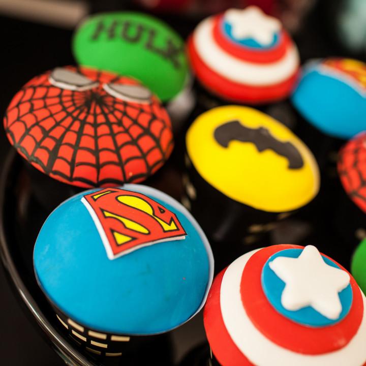 Superhero birthday theme table decoration